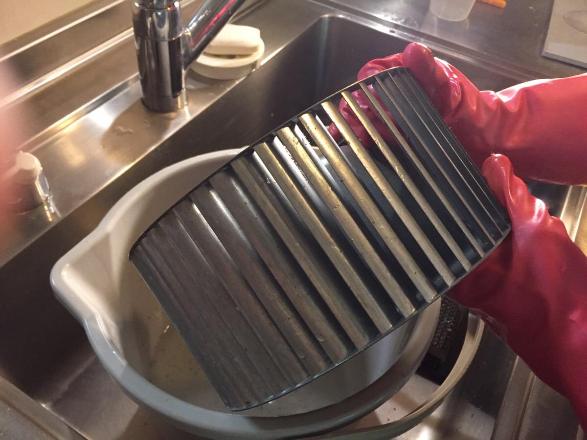 換気扇の大掃除 シロッコファンを簡単にキレイにする方法
