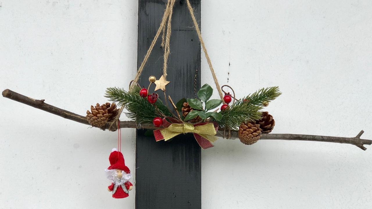 クリスマス飾りを手作り 松ぼっくりと100均グッズで作ってみた