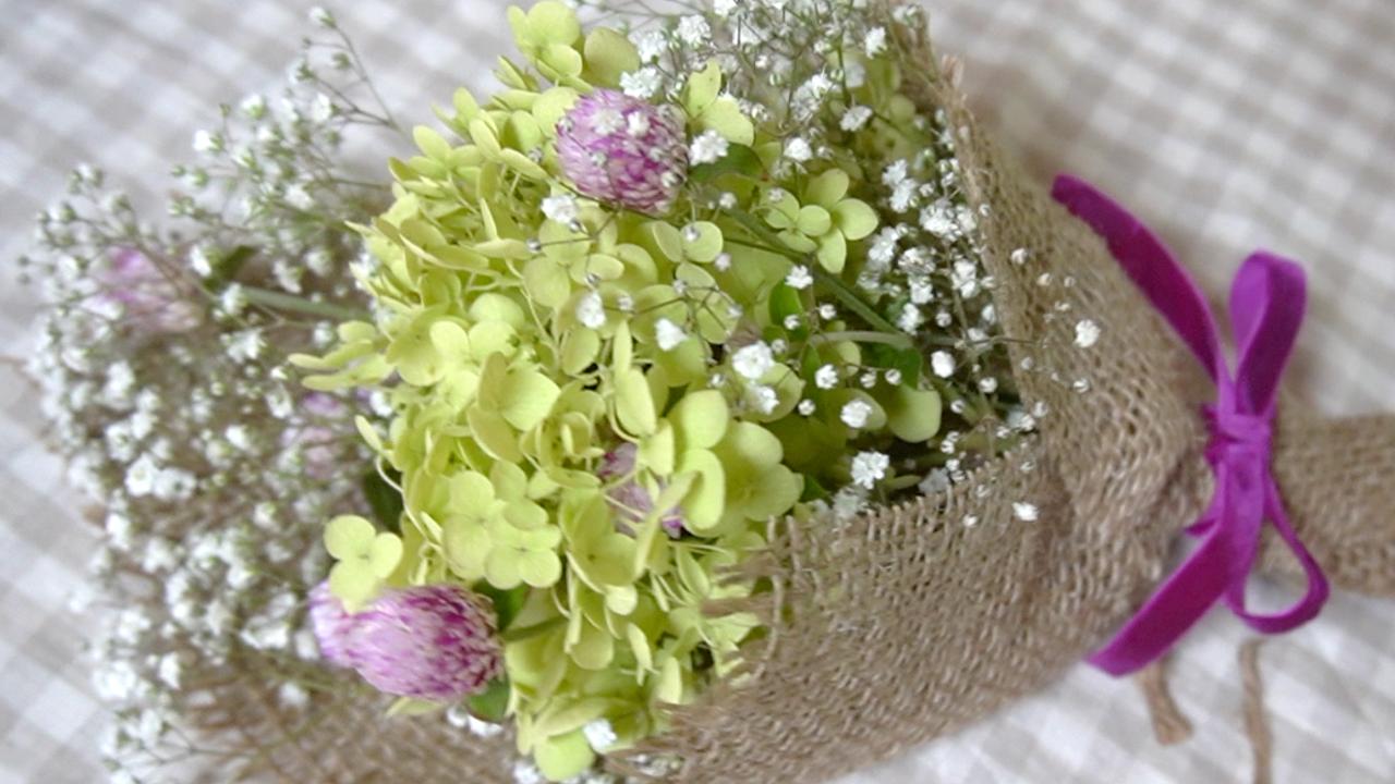 アナベルを小さな花束にしてドライフラワーを楽しもう